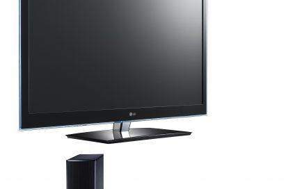 LG CINEMA 3D Smart TV model 55LW650S and 3D Blu-ray Sound Bar model HLX56S