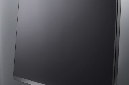 LG Super Slim Monitor Model E91.jpg