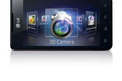 3D application icons including the 3D Camera, 3D Gallery and 3D Games & Apps are displayed on the LG Optimus 3D Max's screen