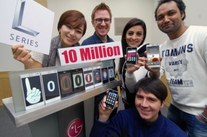 People celebrate Optimus L-Series smartphone sales exceeding 10 million units