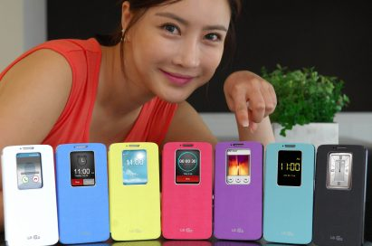 G2s wearing QuickWindowTM cases in seven colors are displayed; white, blue, purple, yellow, pink, mint and black. And a female model is pointing at the purple one.