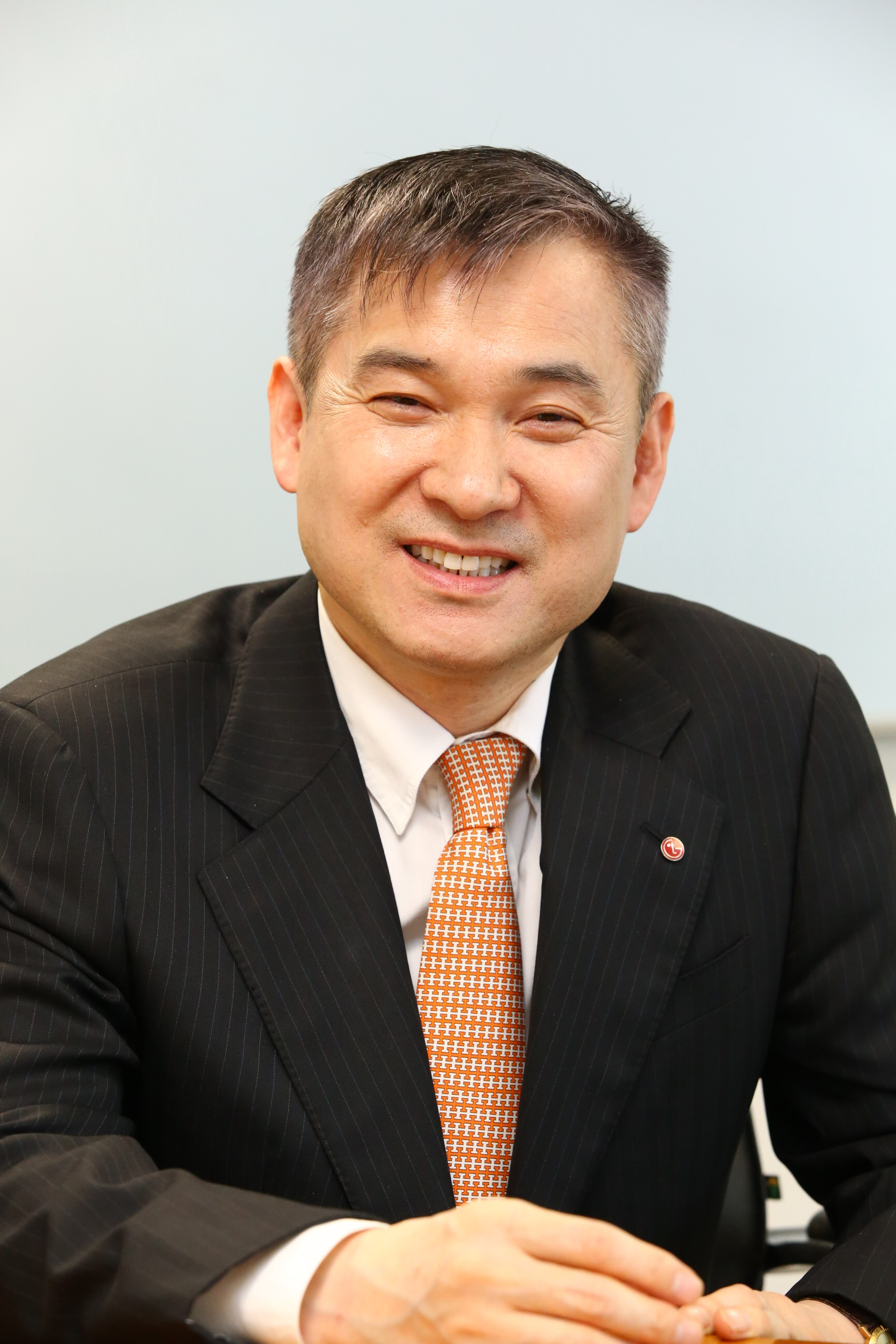 A headshot of Hyun-hoi Ha, president and chief executive officer of the LG Home Entertainment Company.