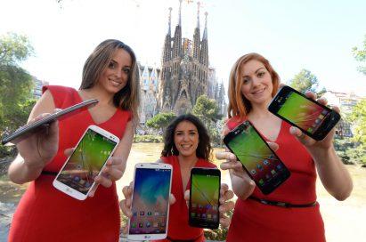 Models hold LG G Pro 2, G2 mini and L SeriesIII