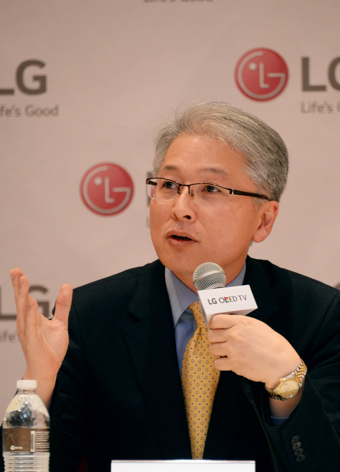 LG Home Entertainment Company CEO, Brian Kwon, outlines the company's TV technology along with product and marketing plans for the coming year at International CES 2015