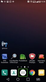 Screenshot of LG K7 home screen showing apps for visually impaired users