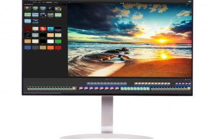 Front view of LG HDR-compatible 32-inch UHD 4K monitor model 32UD99