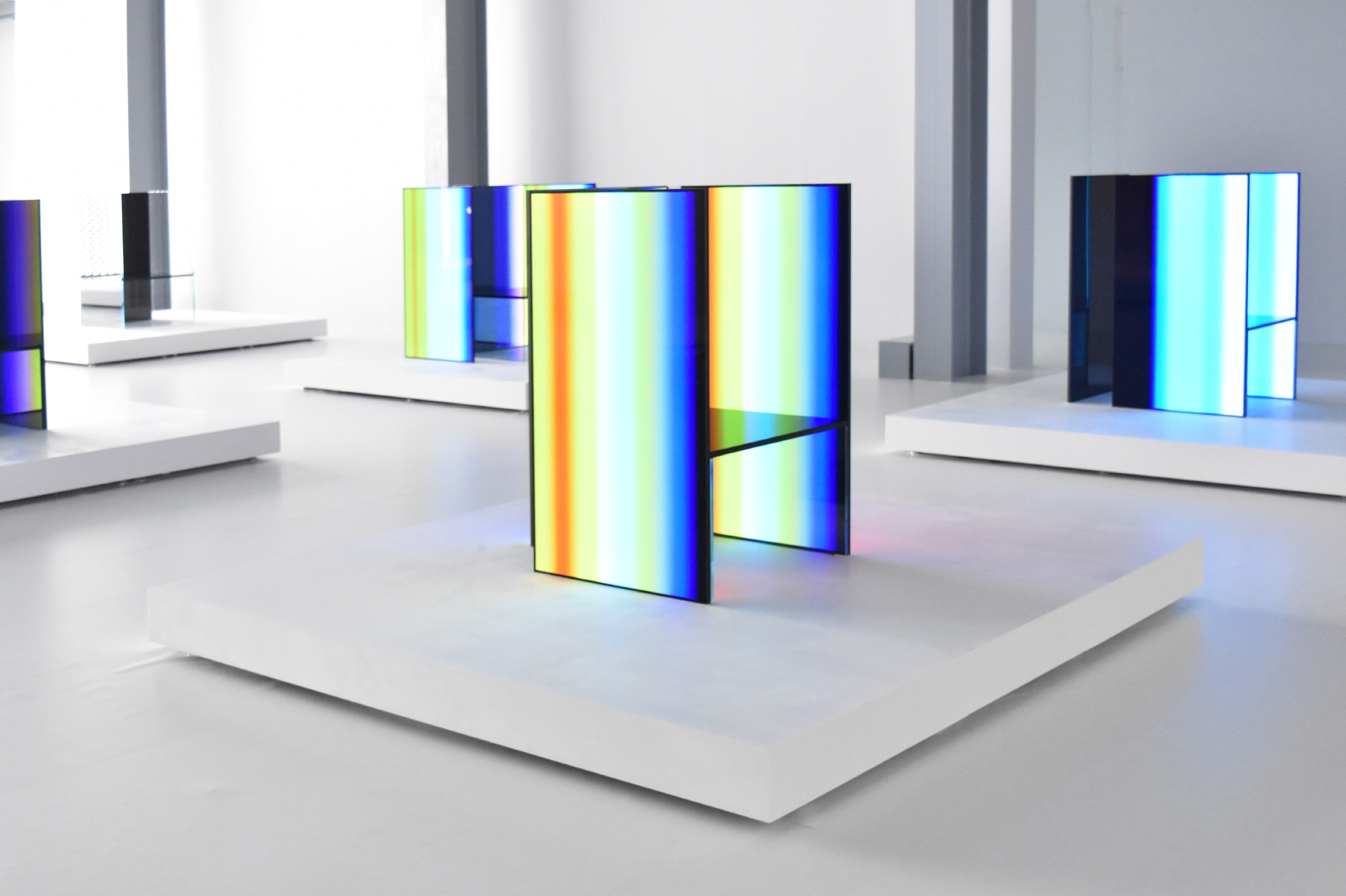 A close-up of one of the OLED panel installations found inside Tokujin Yoshioka's art exhibition, currently displaying numerous vibrant colors