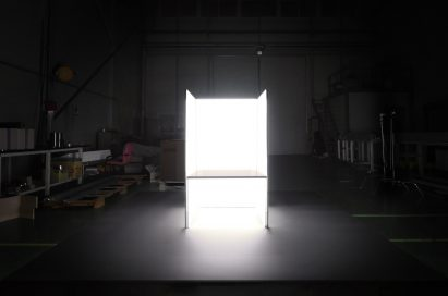 A prototype of the installation work created by Tokujin Yoshioka is tested in dark laboratory.