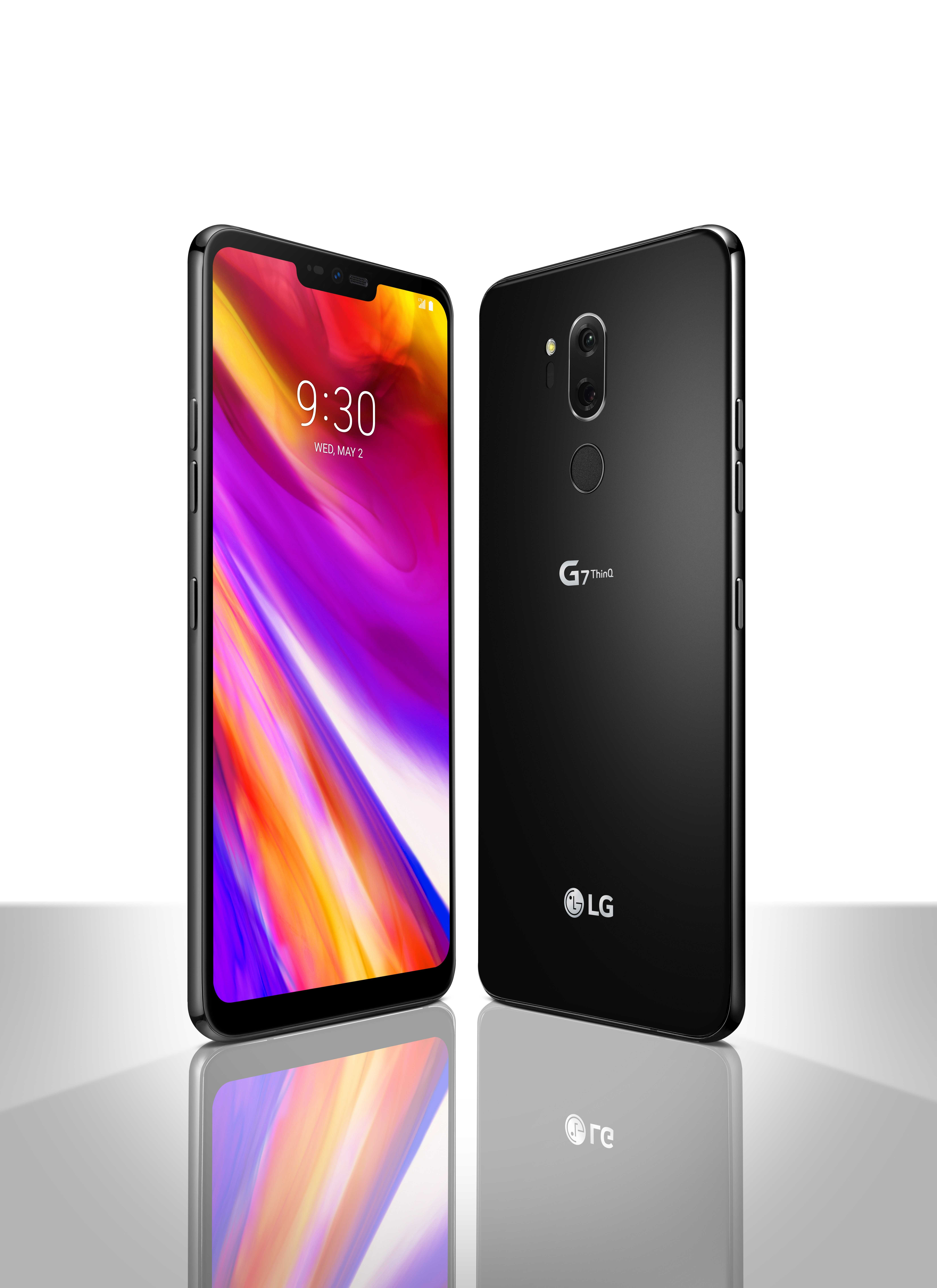 The front and rear view of the LG G7 ThinQ in New Aurora Black, side-by-side