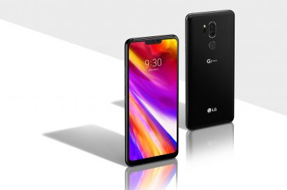 The front and rear view of the LG G7 ThinQ in New Aurora Black