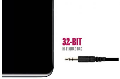 The image introduces the 32-bit Hi-Fi Quad DAC by describing a headphone plug approaching to the headphone jack of the LG V40 ThinQ.
