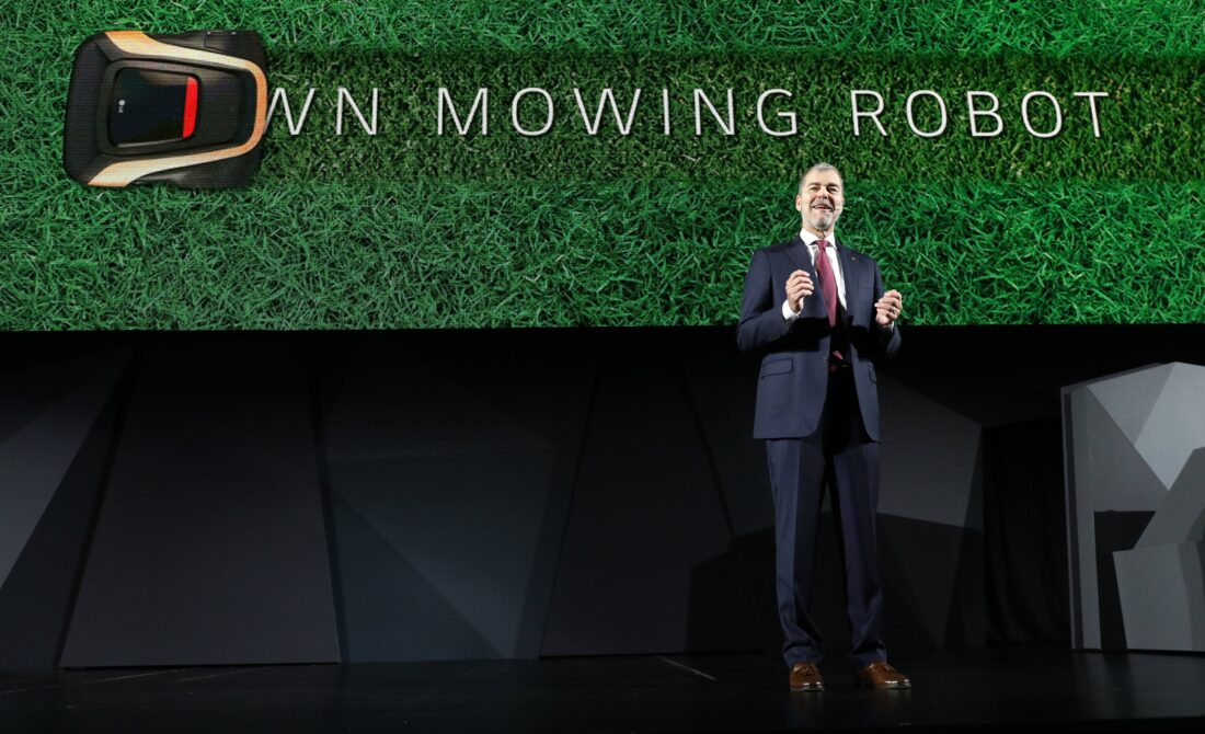 David VanderWaal, Senior Vice President, Marketing, LG Electronics introduces the LG Lawn Mowing Robot during the LG Press Conference at CES 2017.